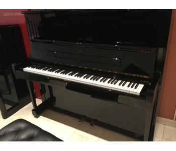 Piano droit Steinway d'occasion K132