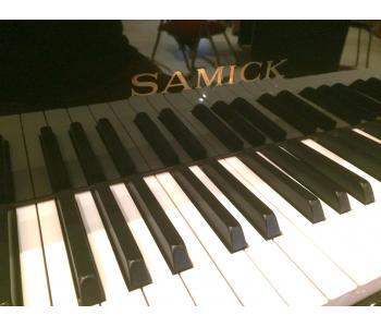 Clavier Piano Samick
